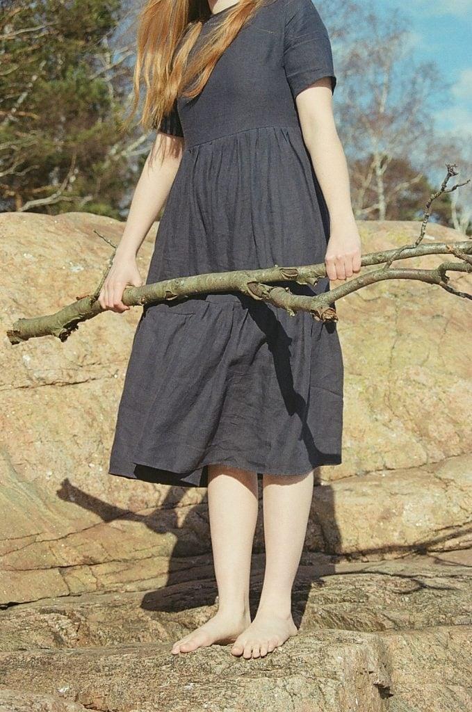 navy-linen-laura-dress